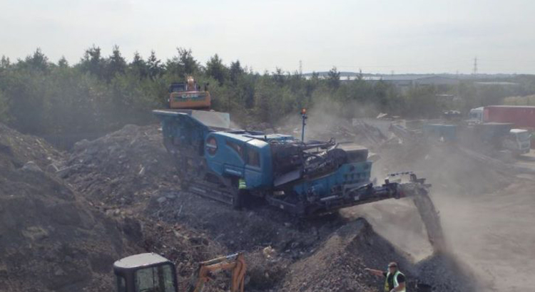 premiertrak-400x-construction-demolition-recycling